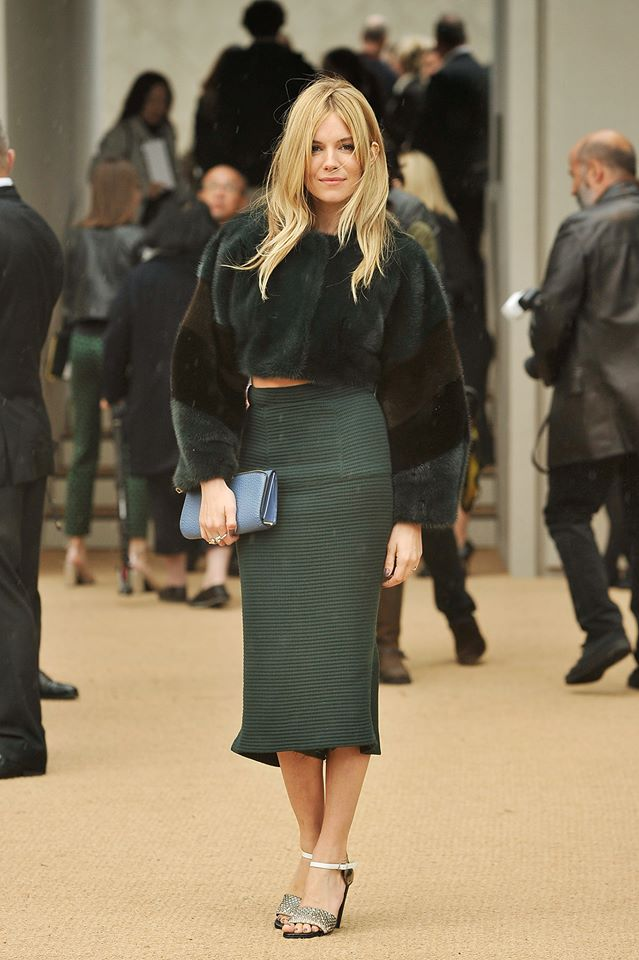 ♥ Stylish Sienna in Burberry!