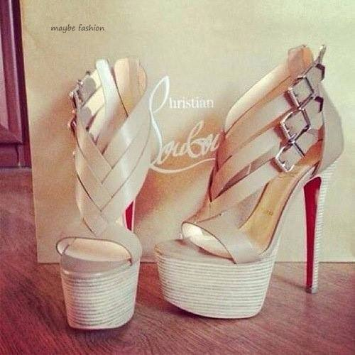 ♥ Need this Loubies!