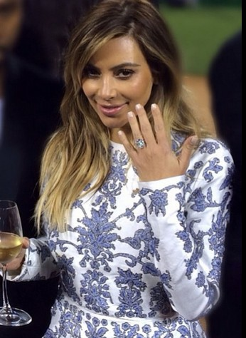 ♥ Kim rocking her engagement ring