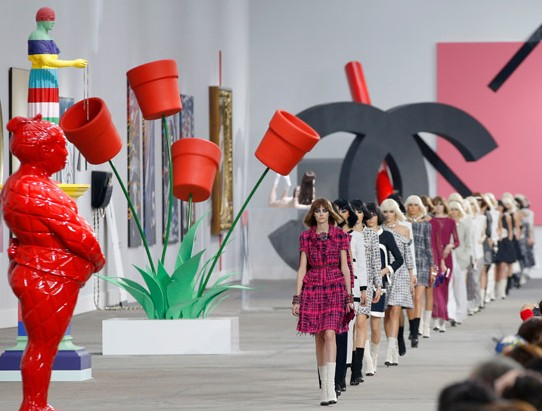 ♥ Chanel fashion show: Blowing the mind!
