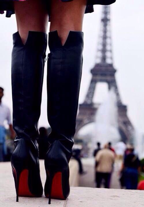 ♥ J T'aime... Paris and Loubies...
