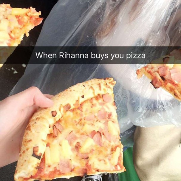 rihanna_pizza_3